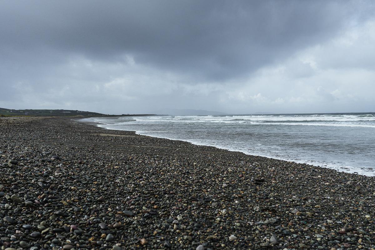 carrowniskey beach dog hund irland 001